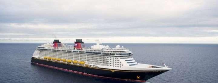 Imagen del barco Disney Fantasy