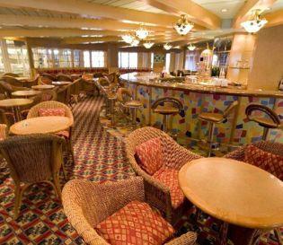 bar plaza cafe