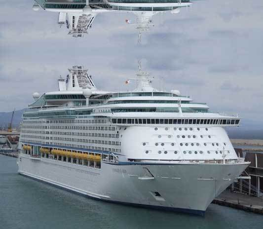 voyager of the seas 02