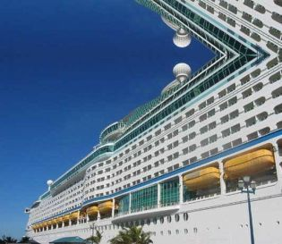voyager of the seas 01